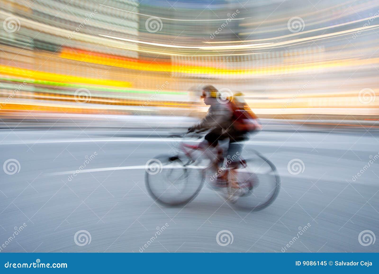 Fahrrad im Bewegungszittern