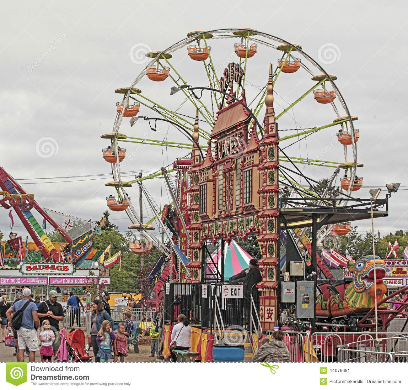 Vintage carnival ride www imgarcade com online image arcade -  Ride Www Imgarcade Com Online Image Arcade State Fair Ferris Wheel And Carnival Editorial Photo