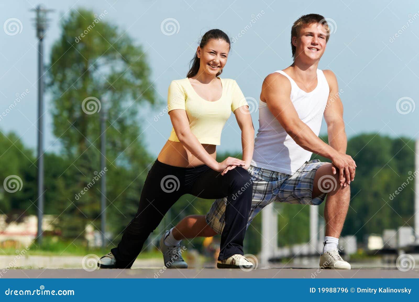 Faire de jeune homme et de femme