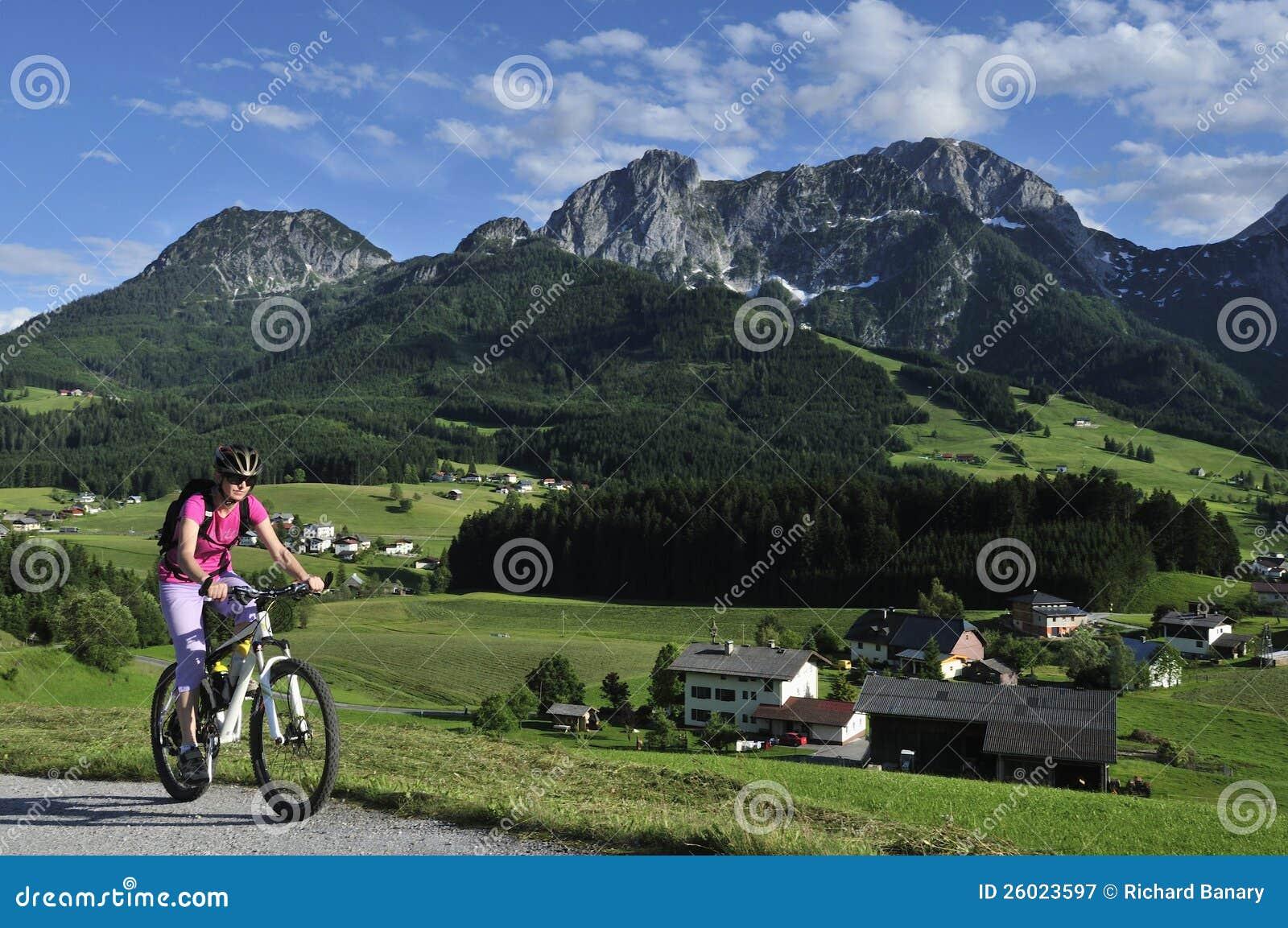 Faire du vélo dans Abtenau