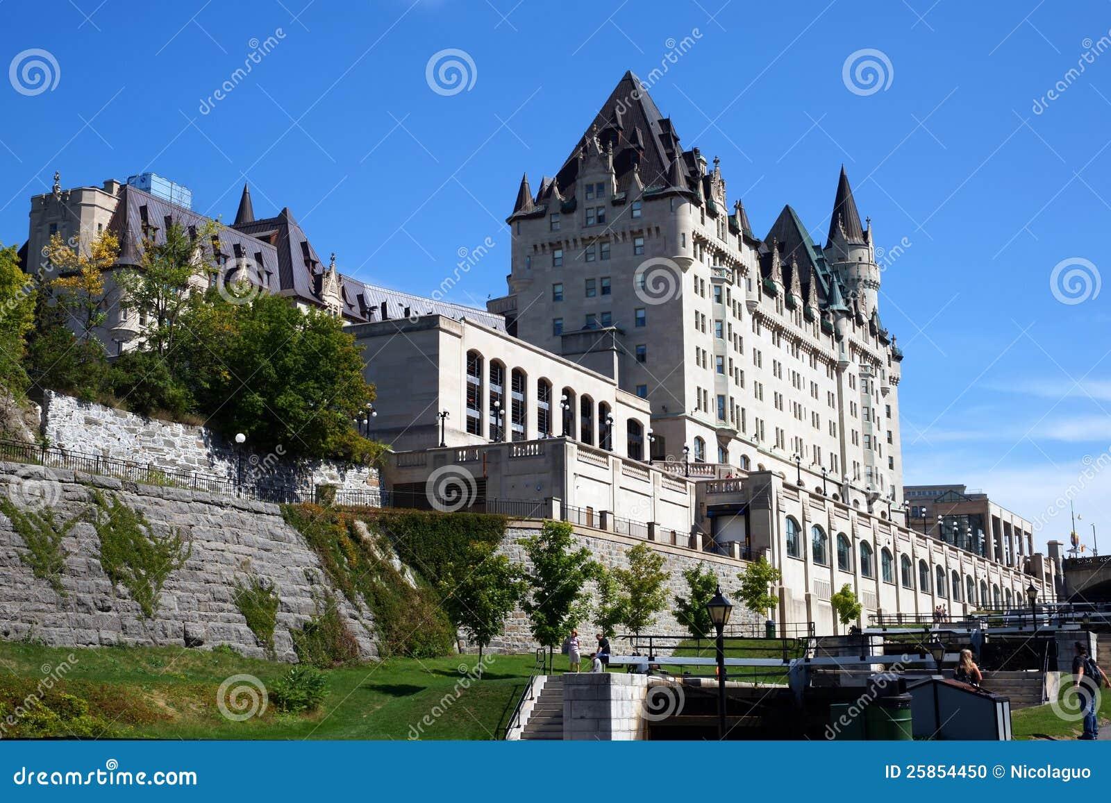 Fairmont ch teau laurier in ottawa canada for Hotel design ottawa