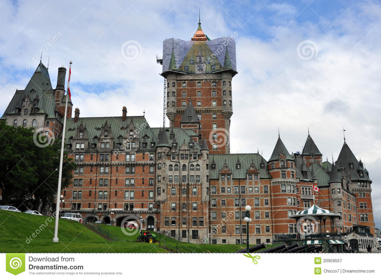 Fairmont hotel at quebec city canada royalty free stock for Design hotel quebec city