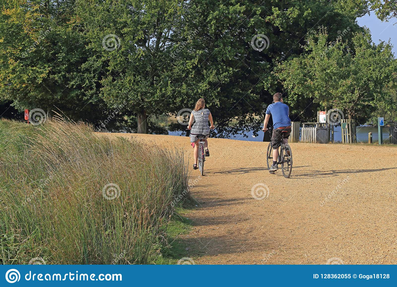 Faisant du vélo en Richmond Park, Londres
