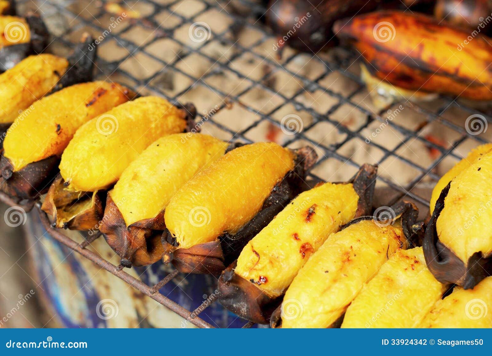 Faites la banane cuire au four tha lande douce photographie stock image 33924342 - Cuire marron au four ...