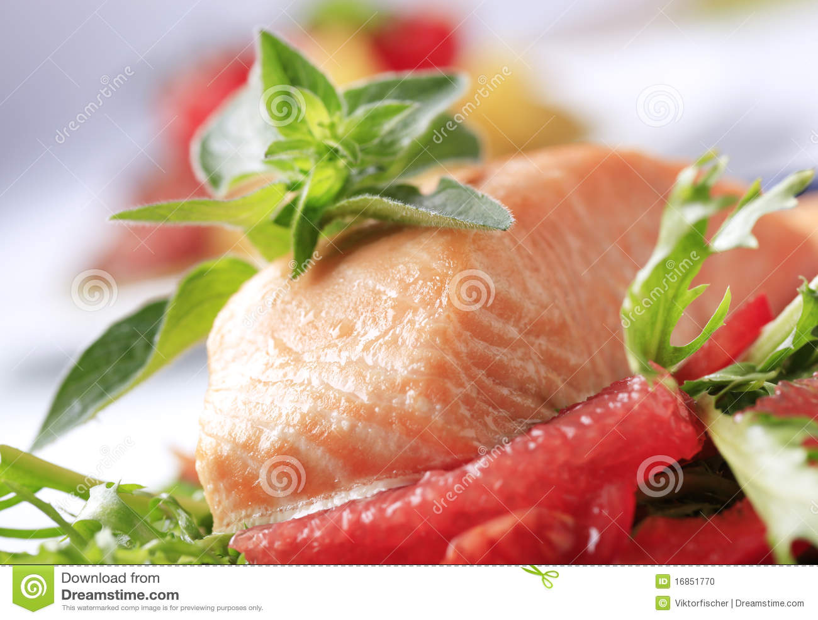 Faixa e salada salmon Roasted