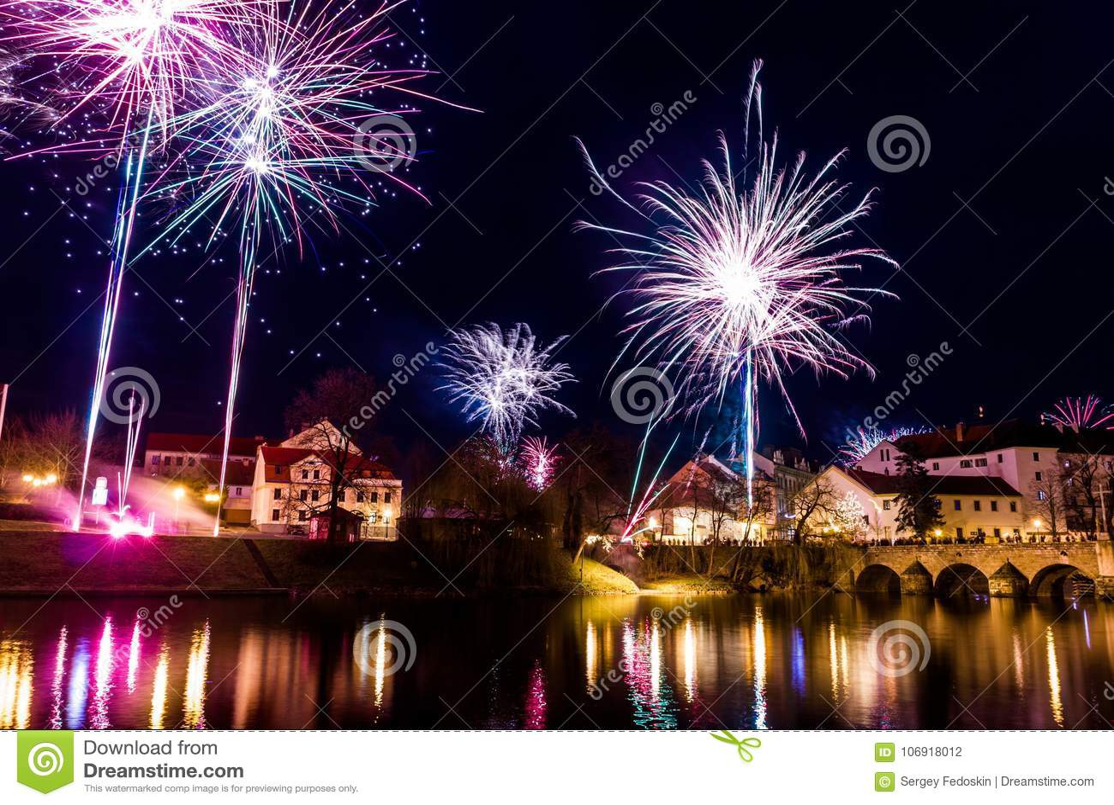 Fajerwerki przy nowym rokiem w Pisek