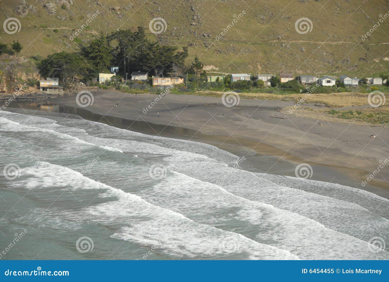 Fala target243_1_ na piaskowatej plaży