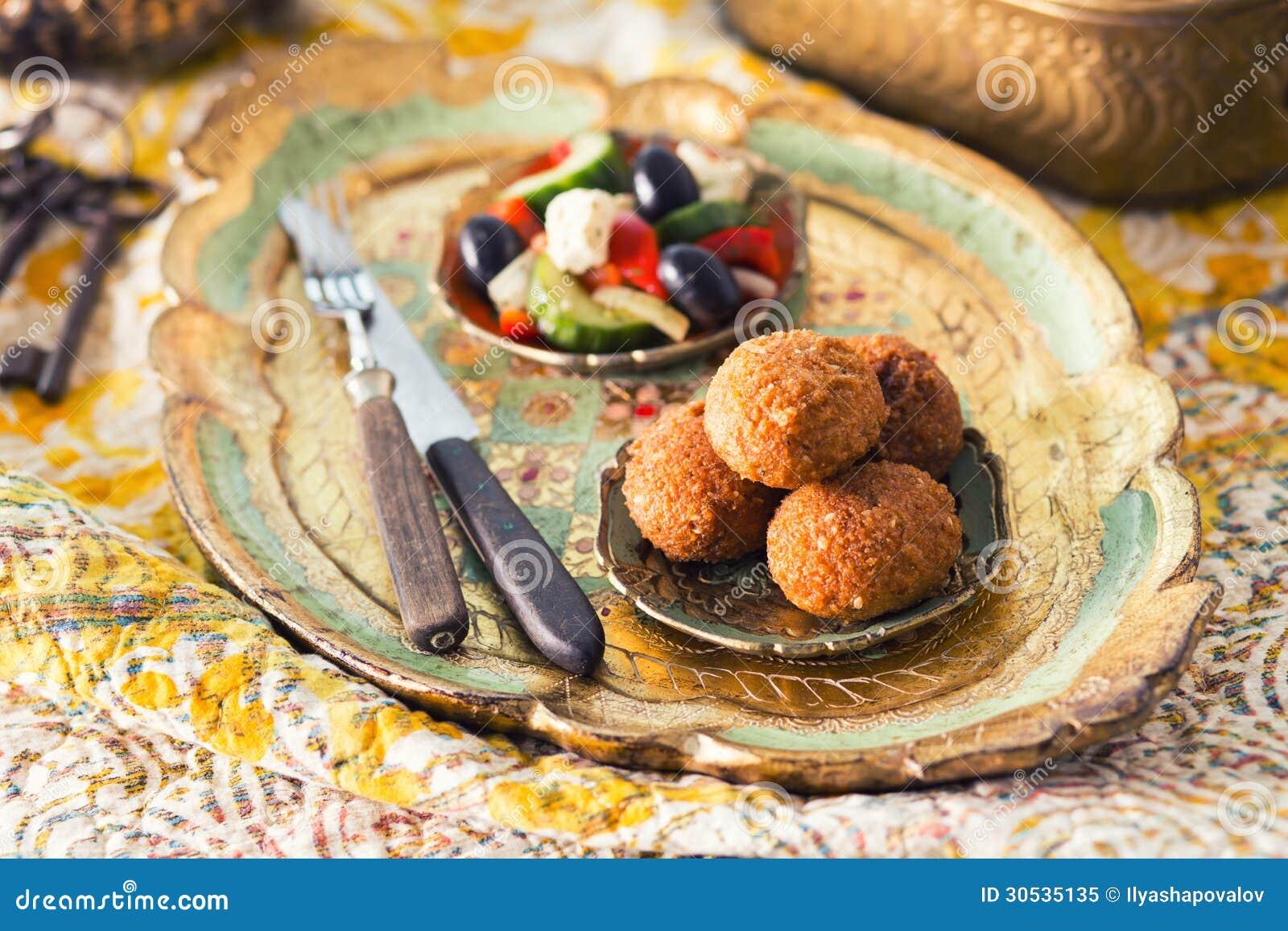 Falafelballen met salade