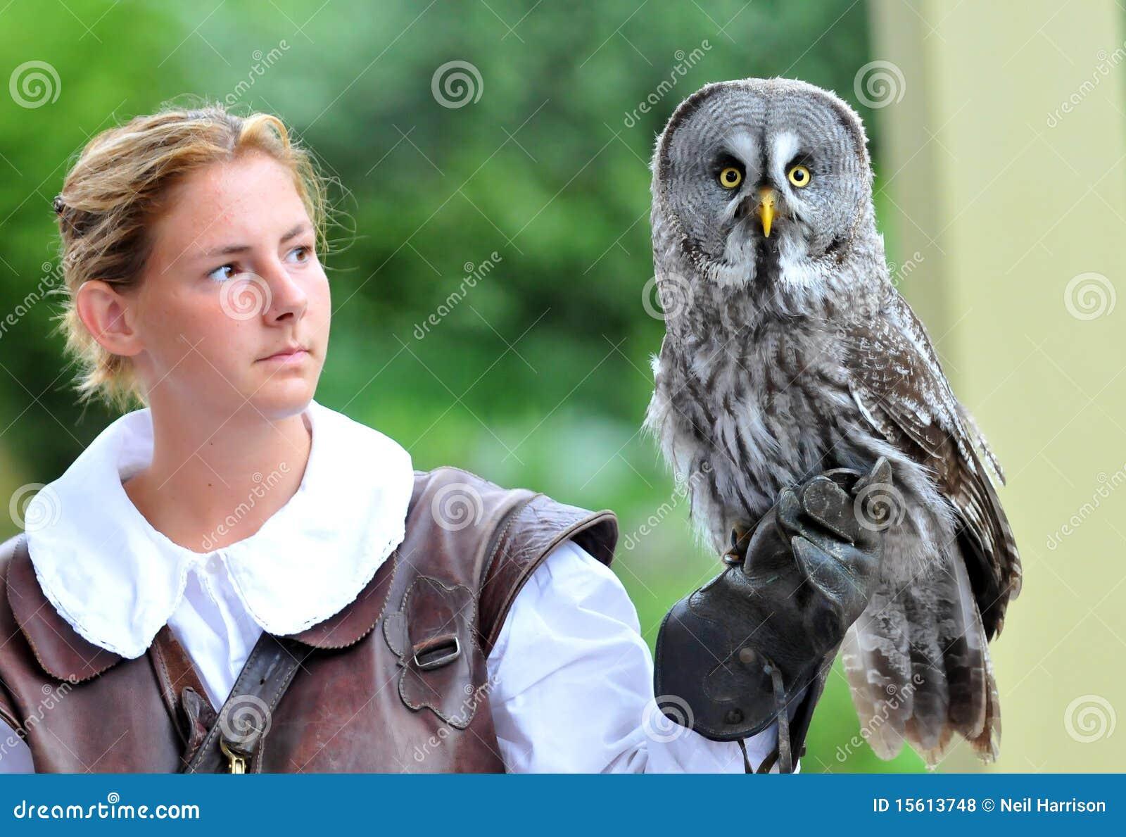 Falconiere femminile