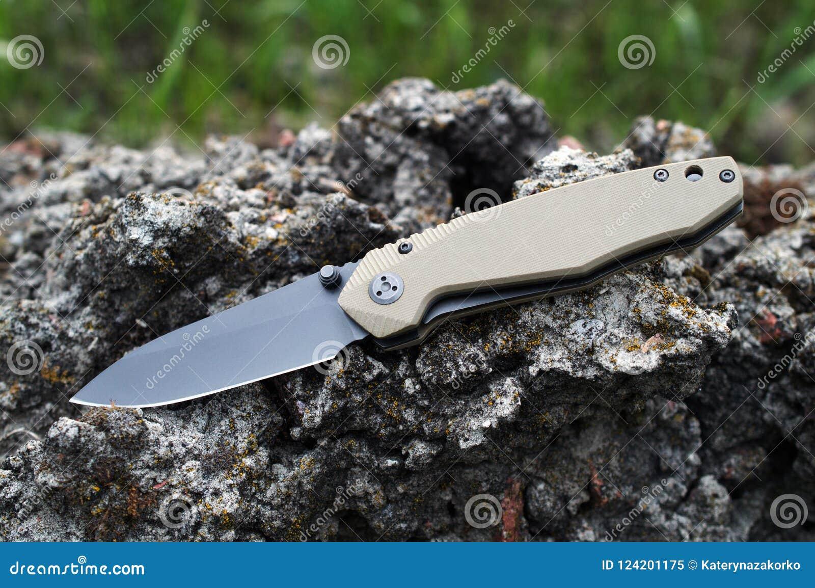 Falcowanie turysta, campingowy nóż z czarnym ostrzem i rękojeść robić,