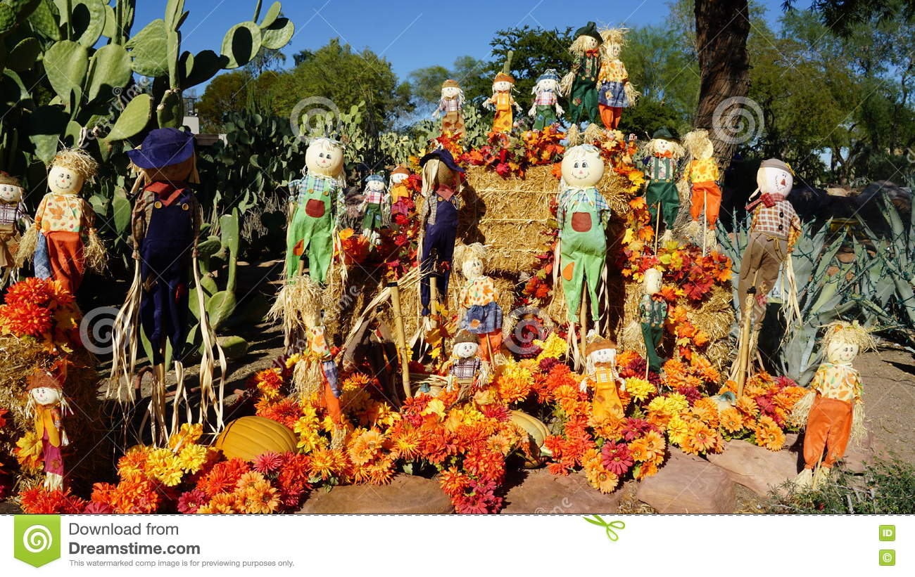 Fall Decorations At Ethel M Chocolate Factory And Botanical ...