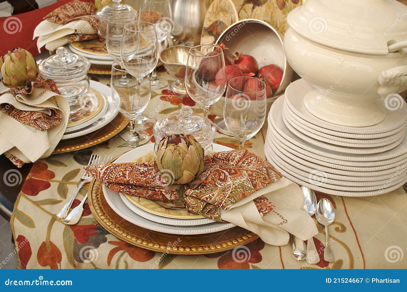 Fall dinner table setting