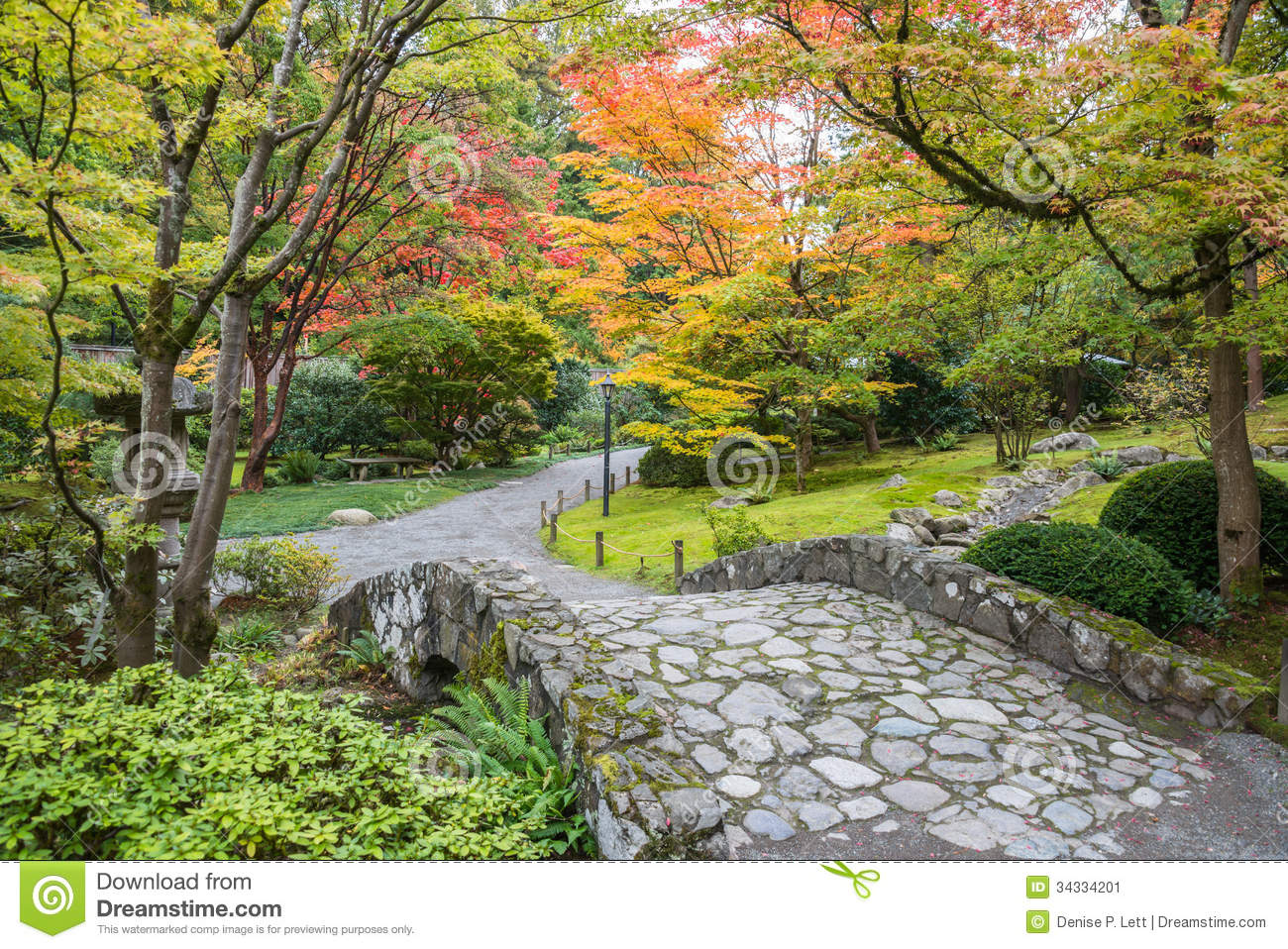 Fall Foliage Stone Bridge Garden Stock Image Image 34334201