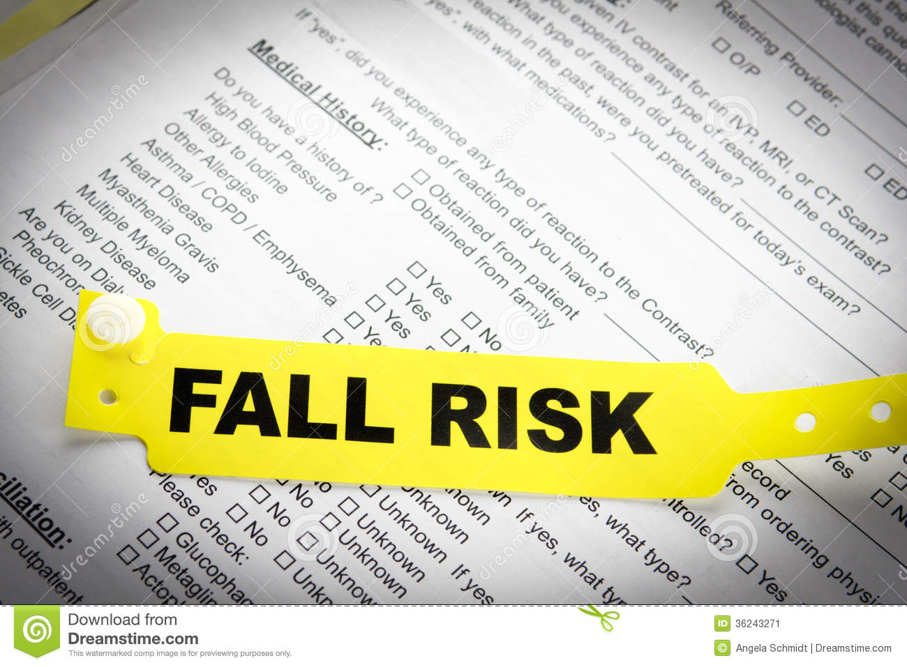 patient falls risk Risk screening & assessment  a falls risk assessment and  care planning should also be discussed with the patient or family/carers and falls risk interventions.
