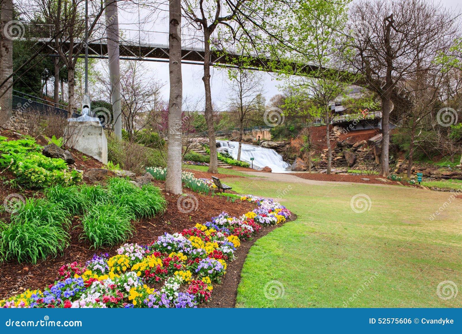 spring garden bridge park - photo #2