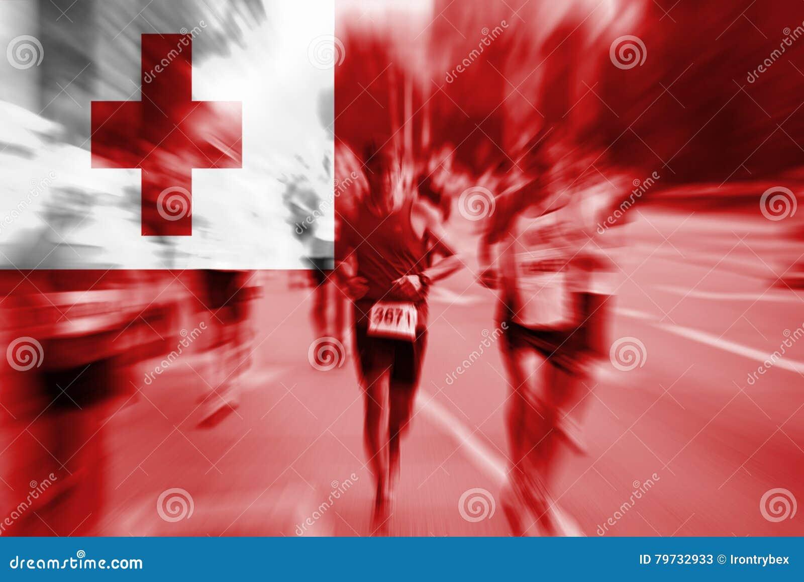 Falta de definición de movimiento del corredor de maratón con la mezcla de la bandera de Tonga