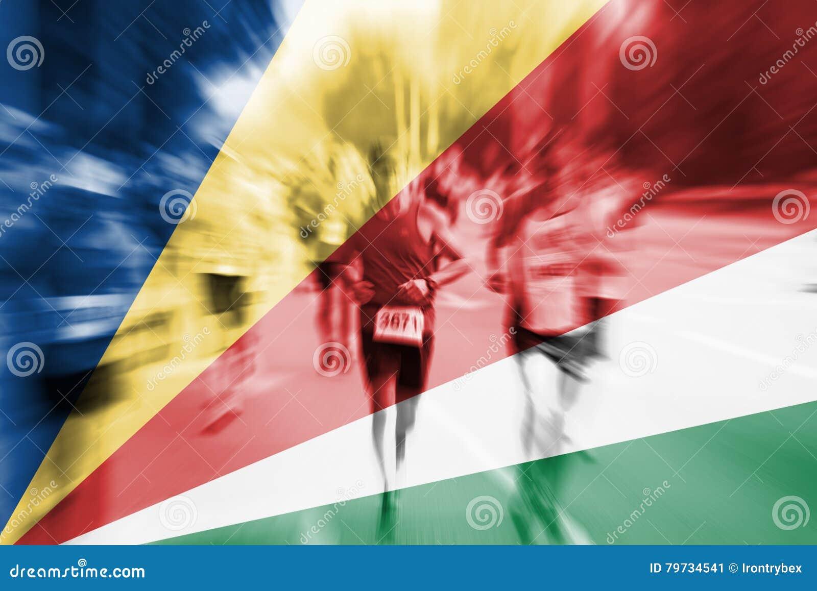Falta de definición de movimiento del corredor de maratón con la mezcla de la bandera de Seychelles