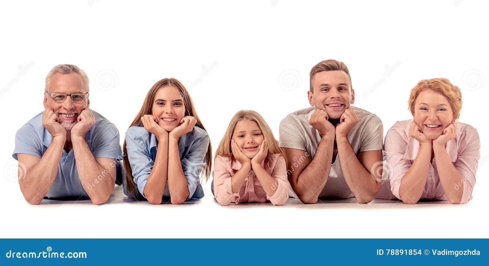 Família grande feliz