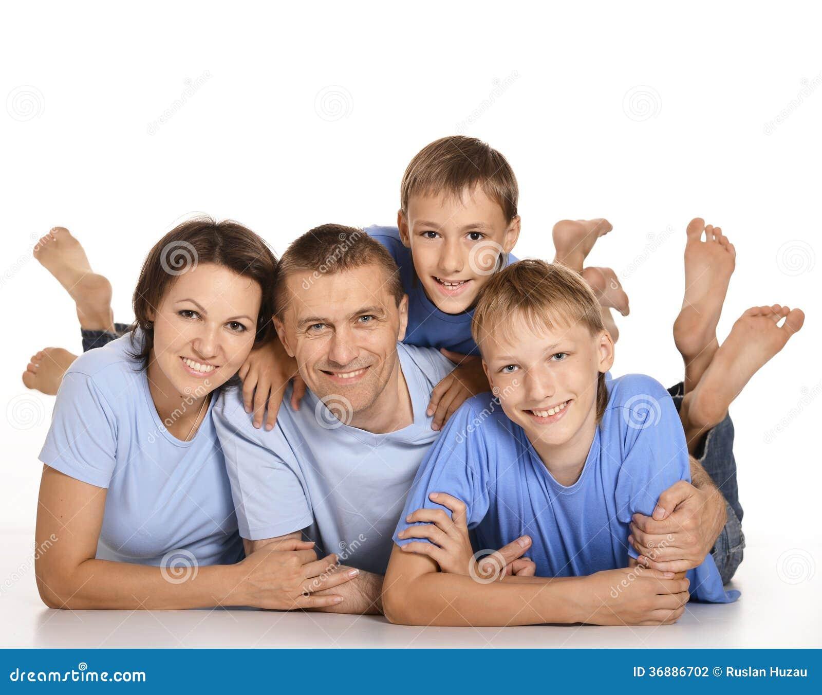 Download Famiglia di Frendly fotografia stock. Immagine di isolato - 36886702