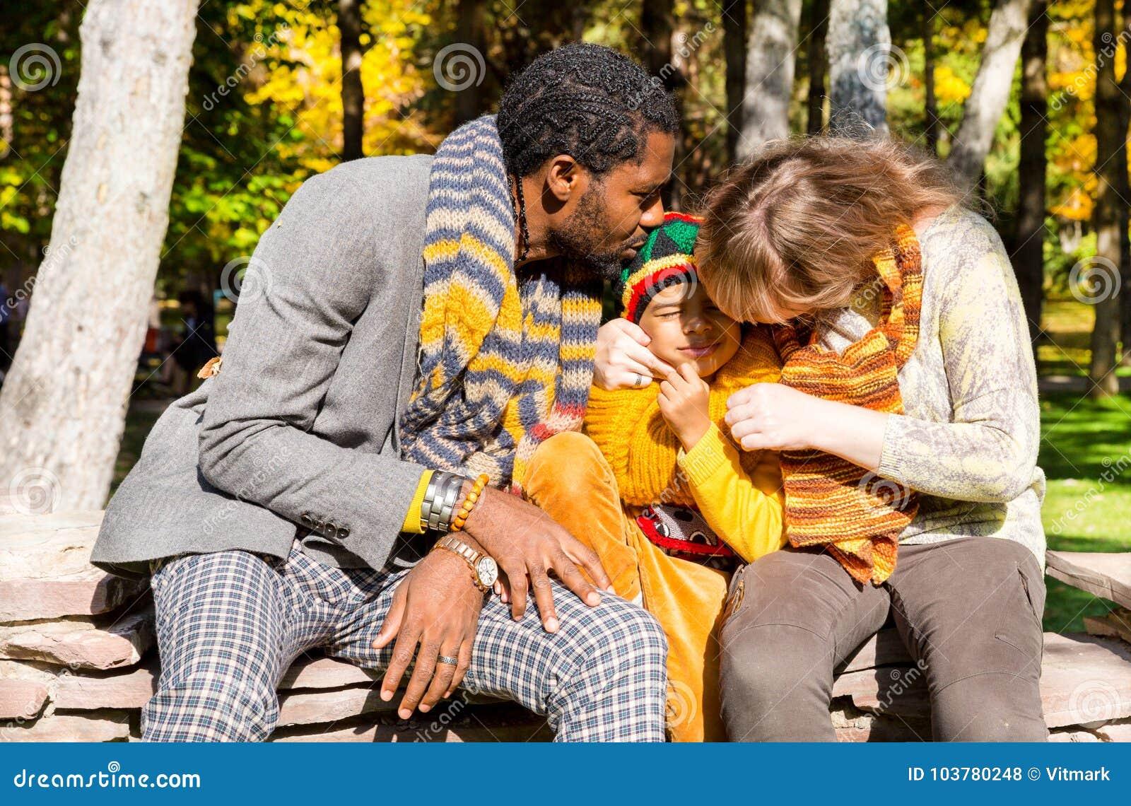 datazione un ragazzo con baby Mamas