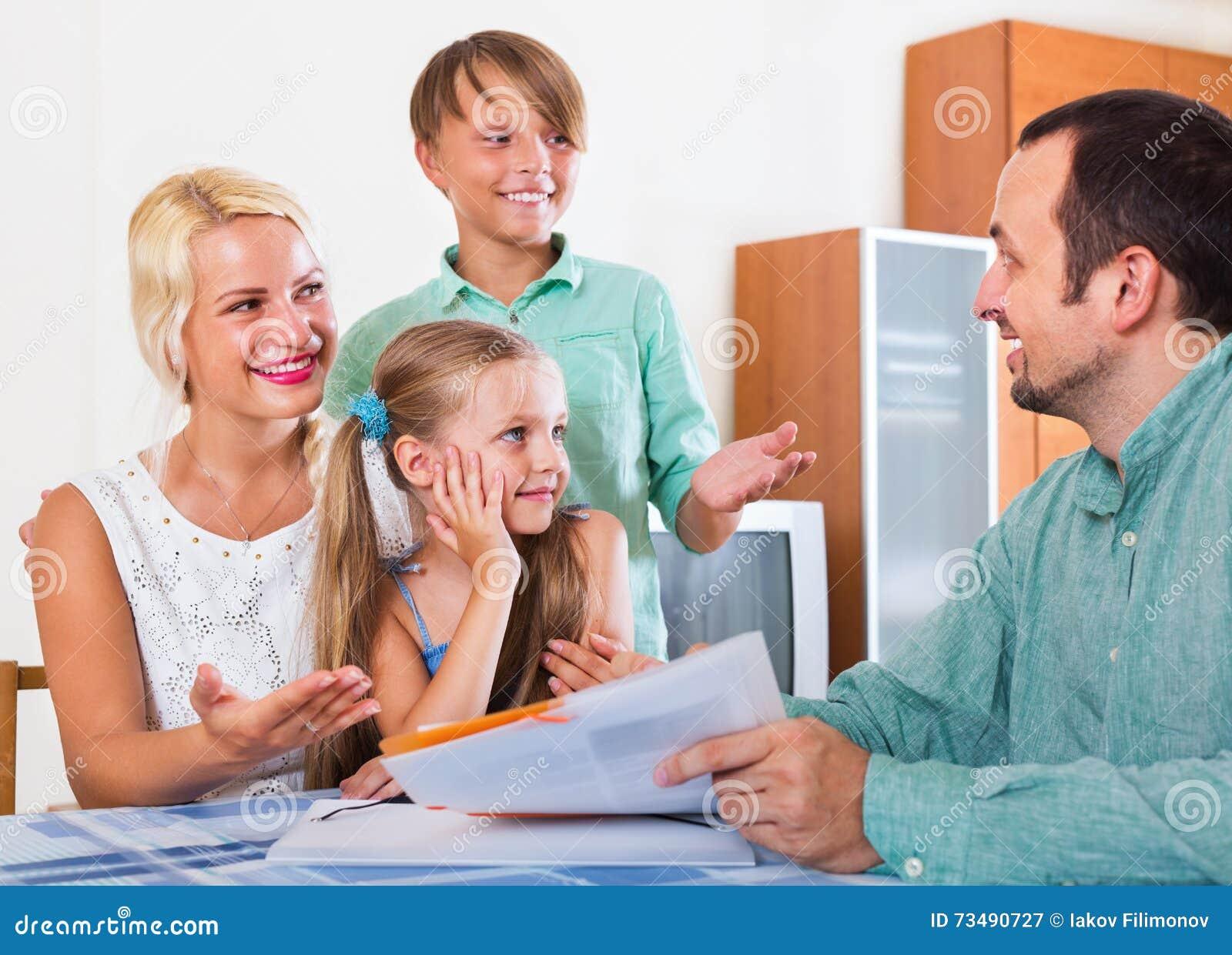 Familia agente