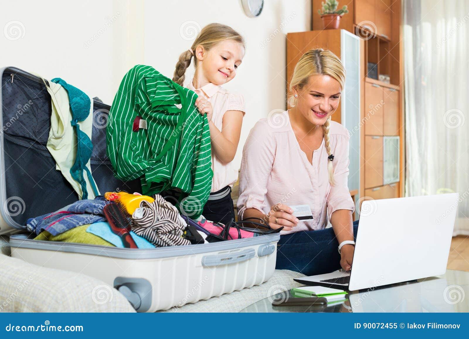 Familia de dos boletos de compra en línea