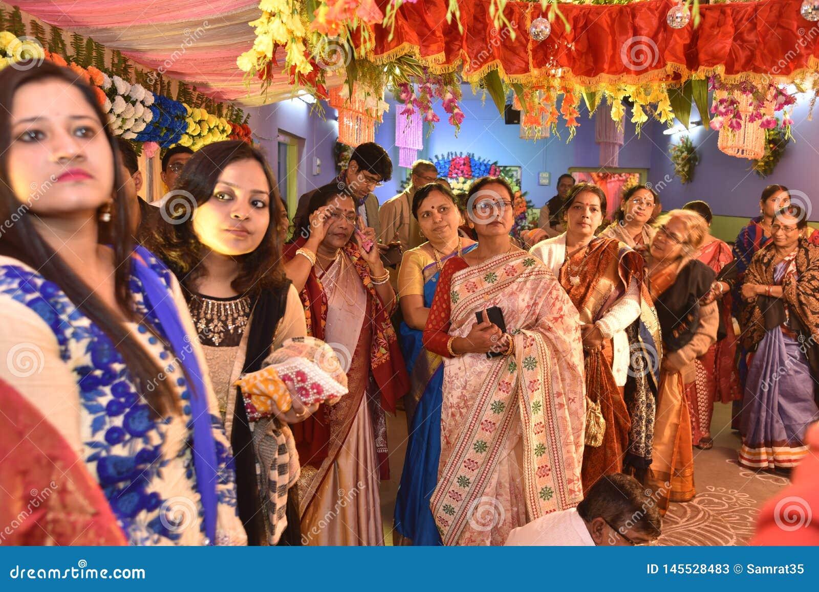 Familia del bengal? durante el matrimonio