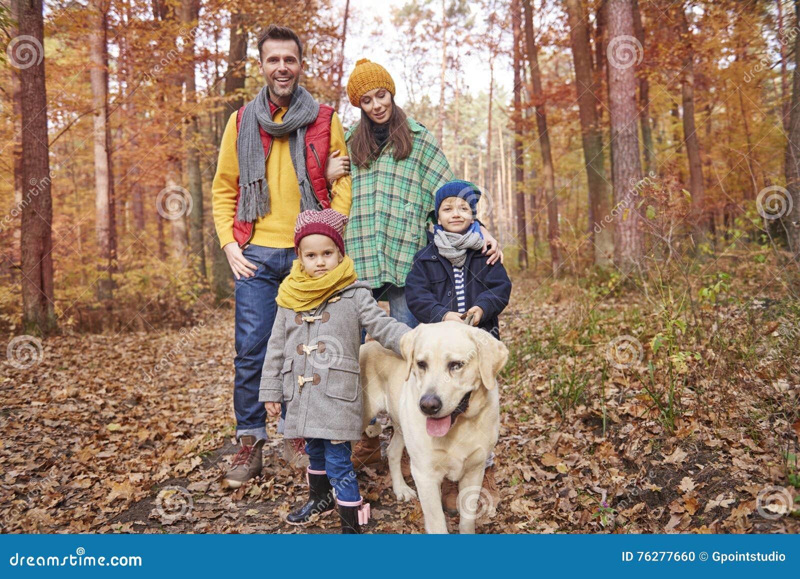 Familia durante otoño