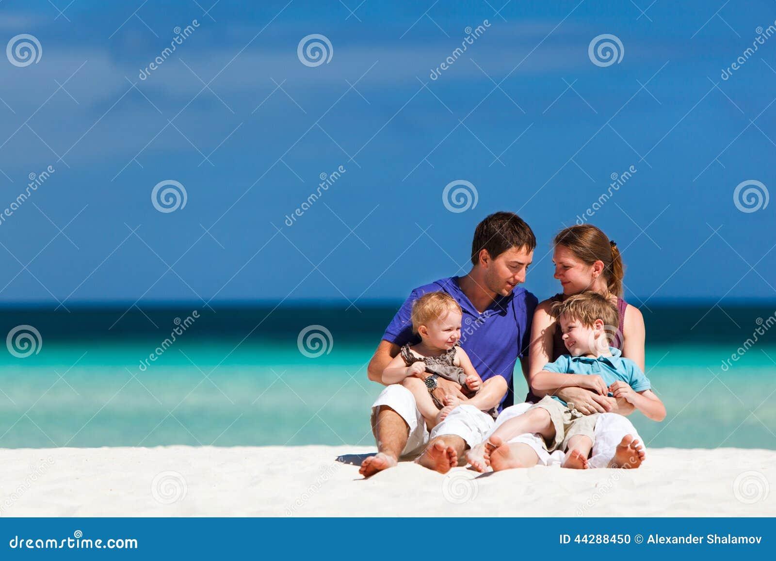 Familia el vacaciones de verano