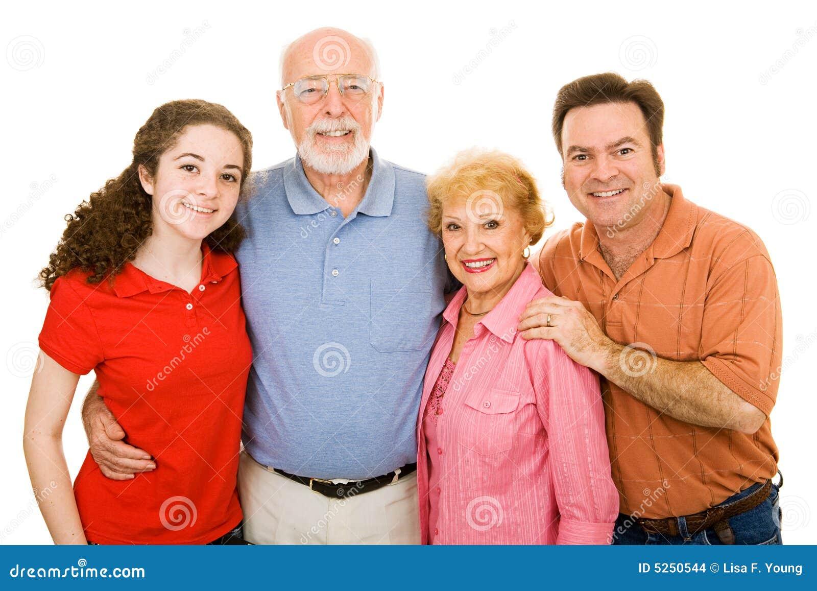 Familia extensa sobre blanco