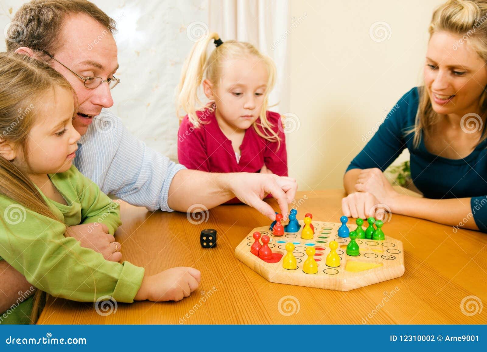 Spiel Familie