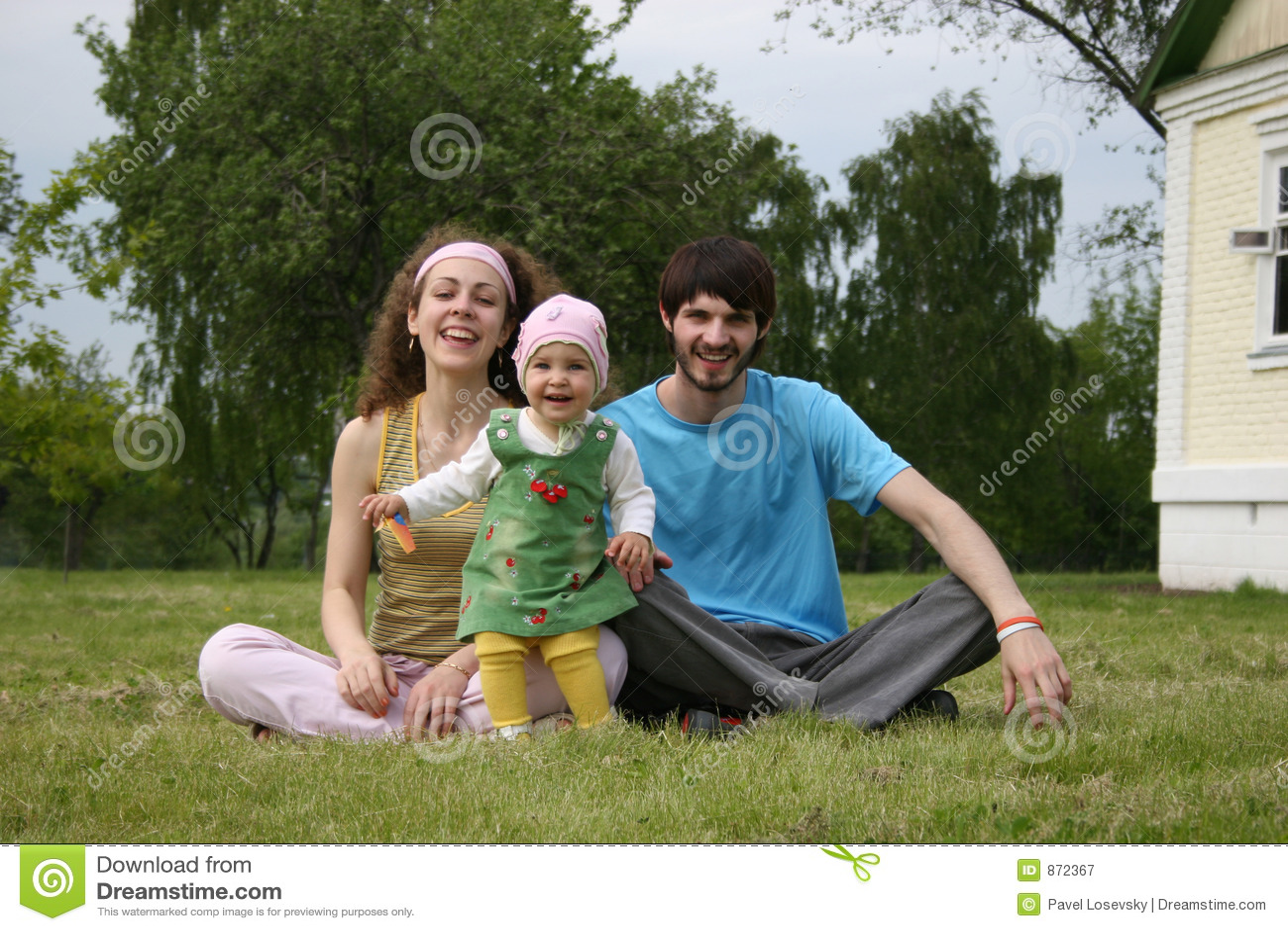 Familie mit Schätzchen