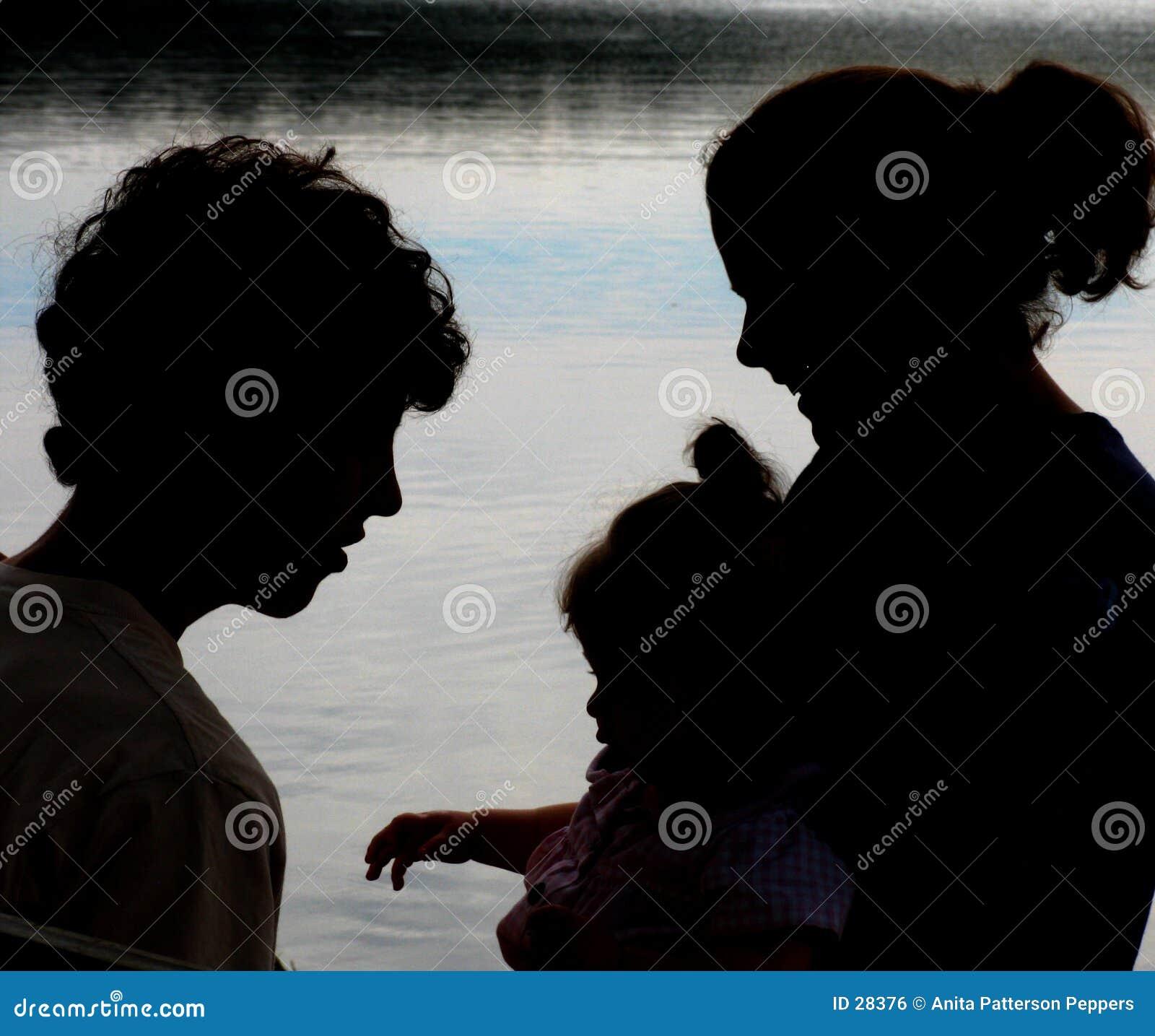 Download Familien-Schattenbild stockfoto. Bild von vater, zicklein - 28376