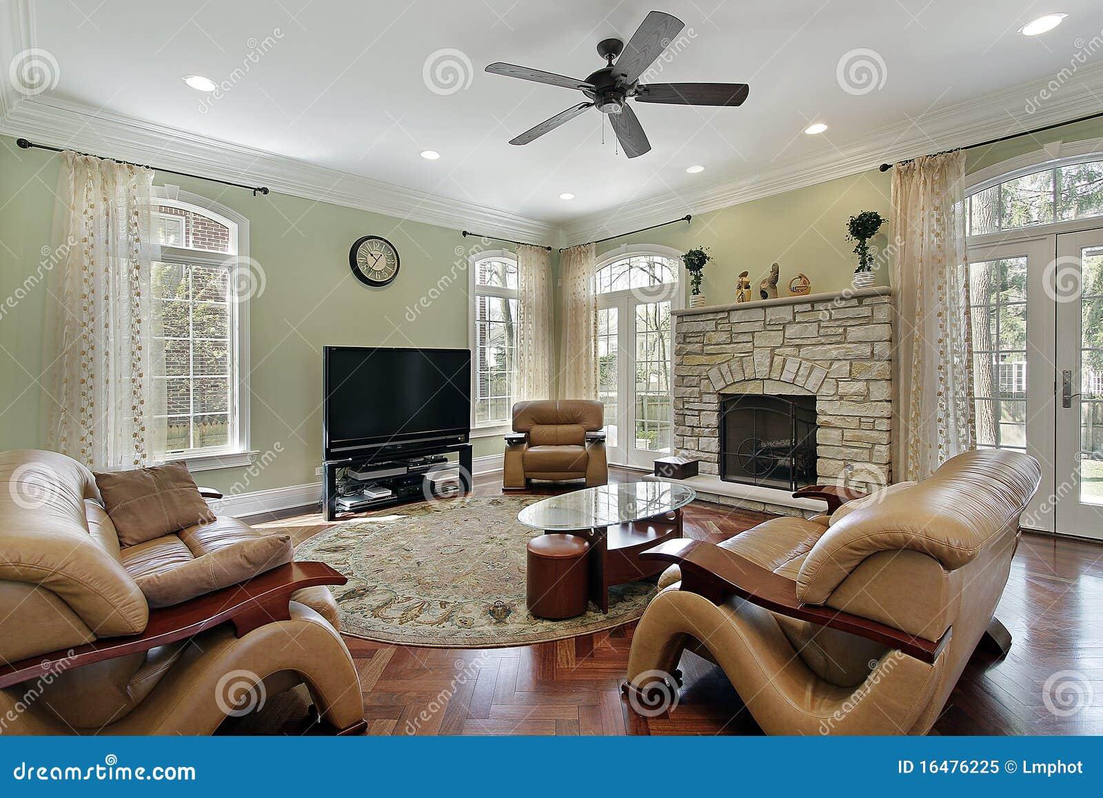 familienraum mit steinkamin - Steinkamin