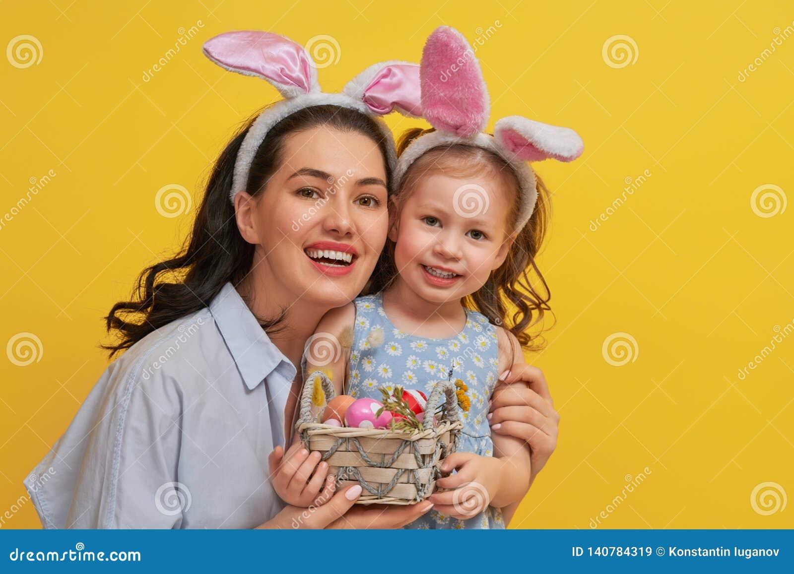 Familj på påsk
