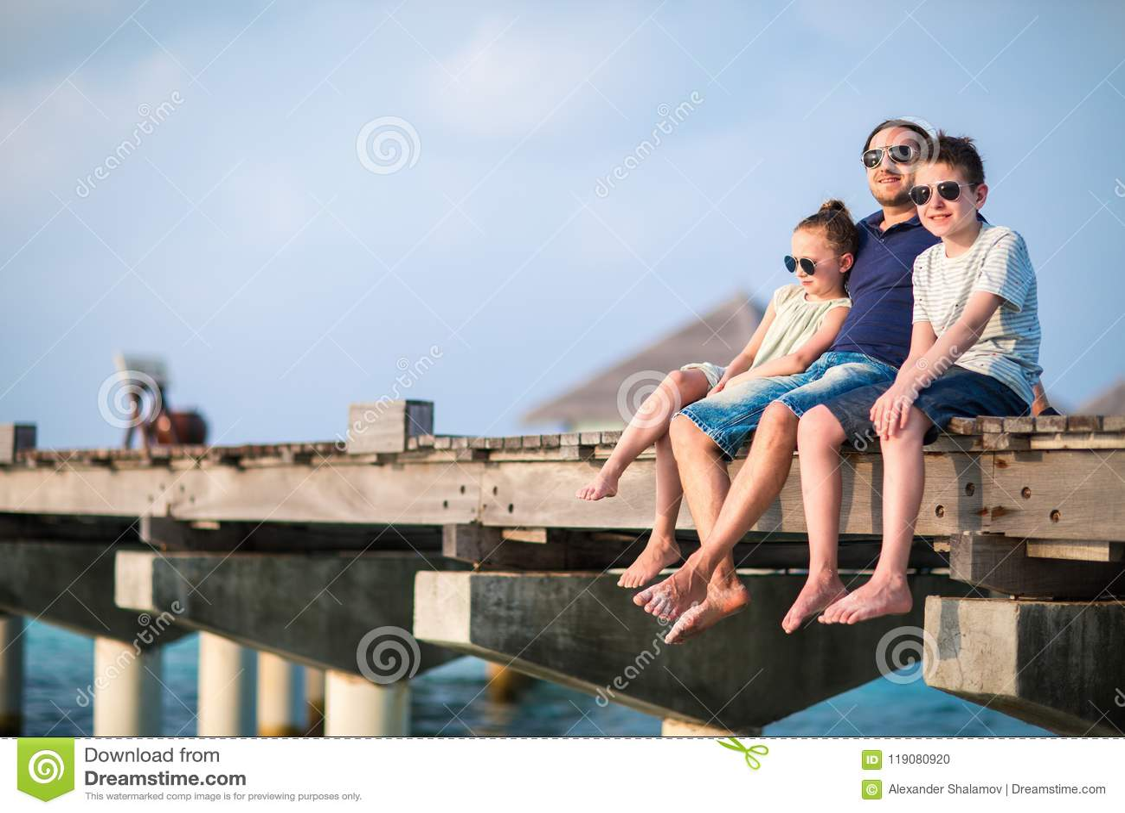 Familj på sommarsemester