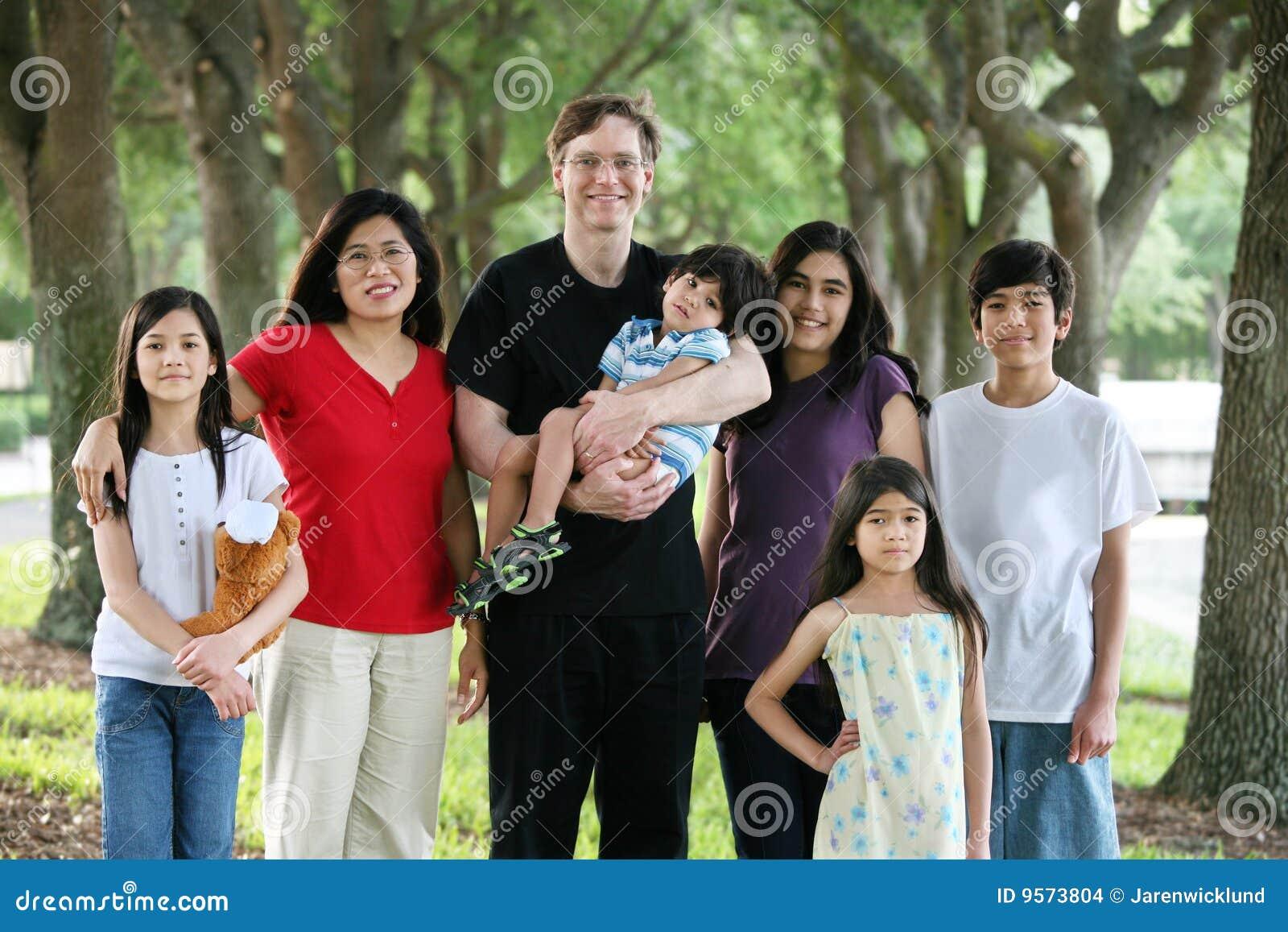 Familj stora multiracial sju