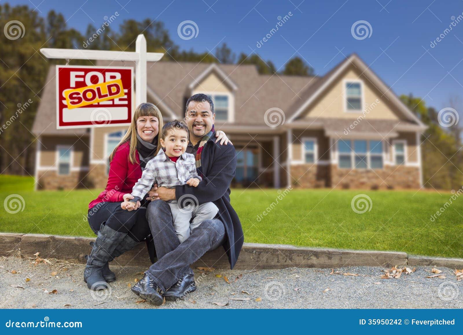 Familjhemmet för det blandade loppet sålde det till salu tecknet
