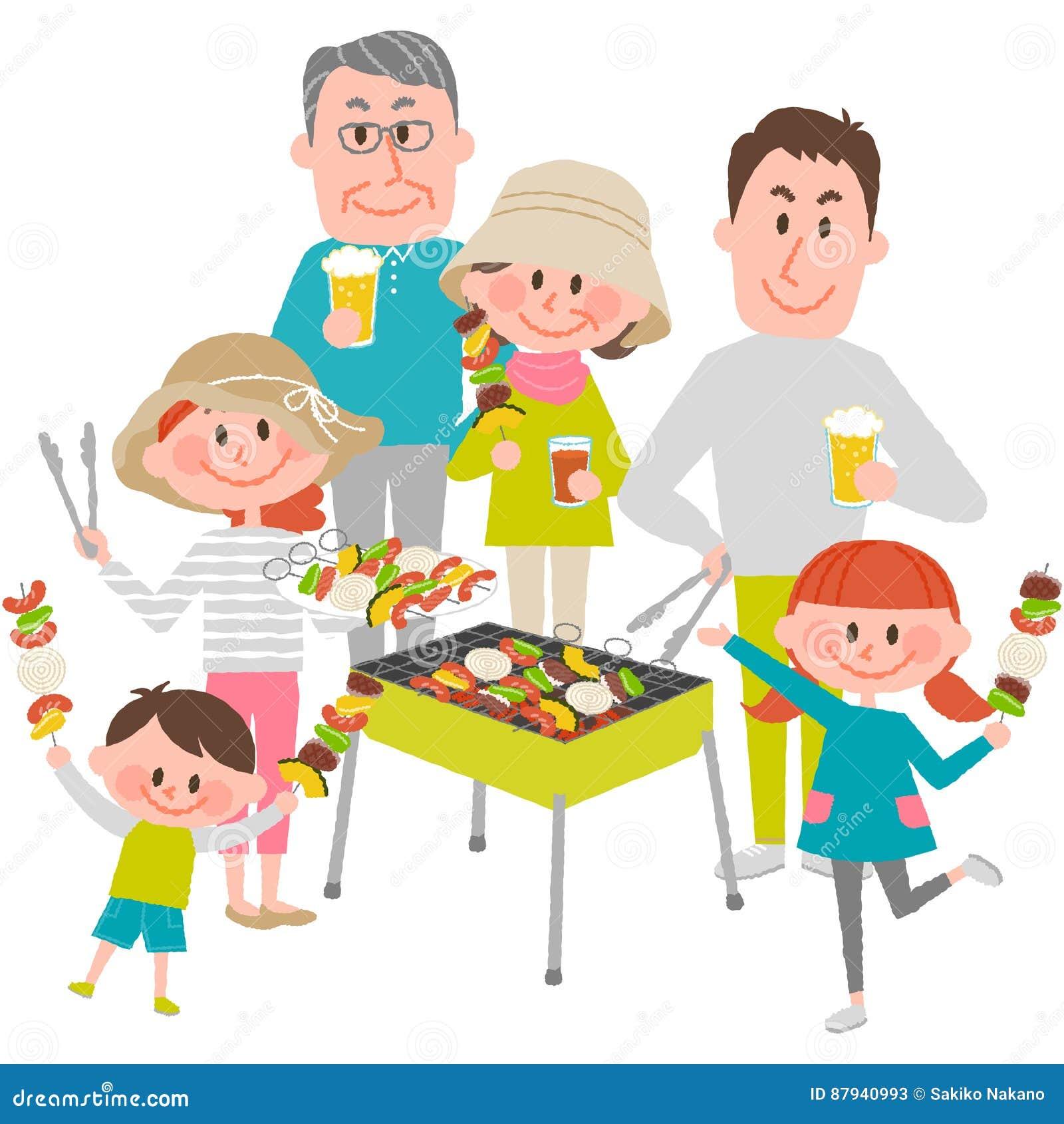 Famille appréciant le barbecue dehors