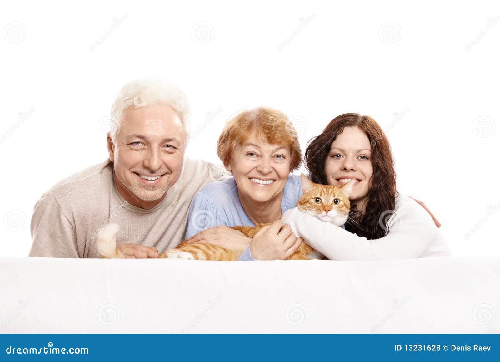 Famille avec un chat