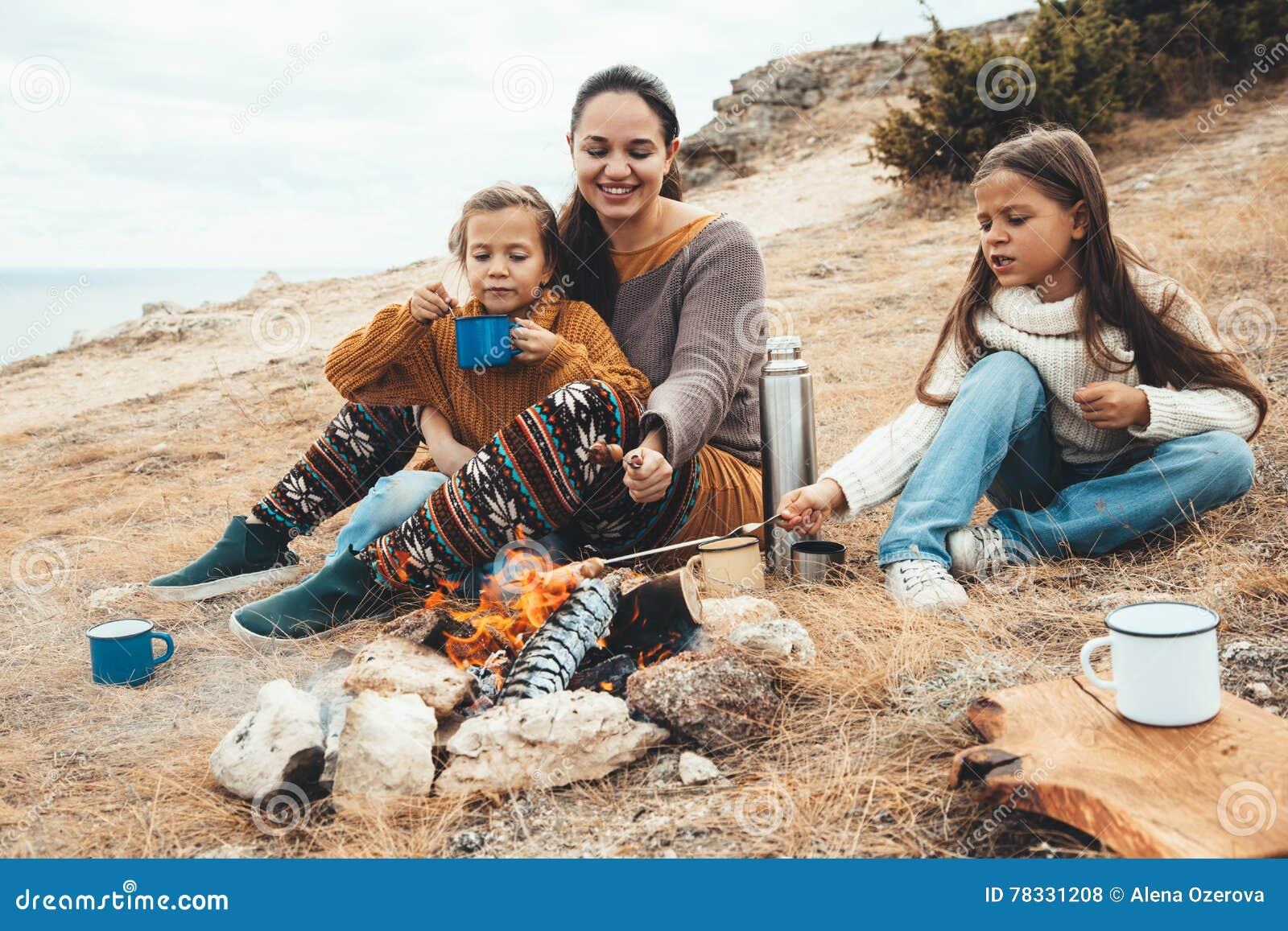 Famille dans la hausse d automne