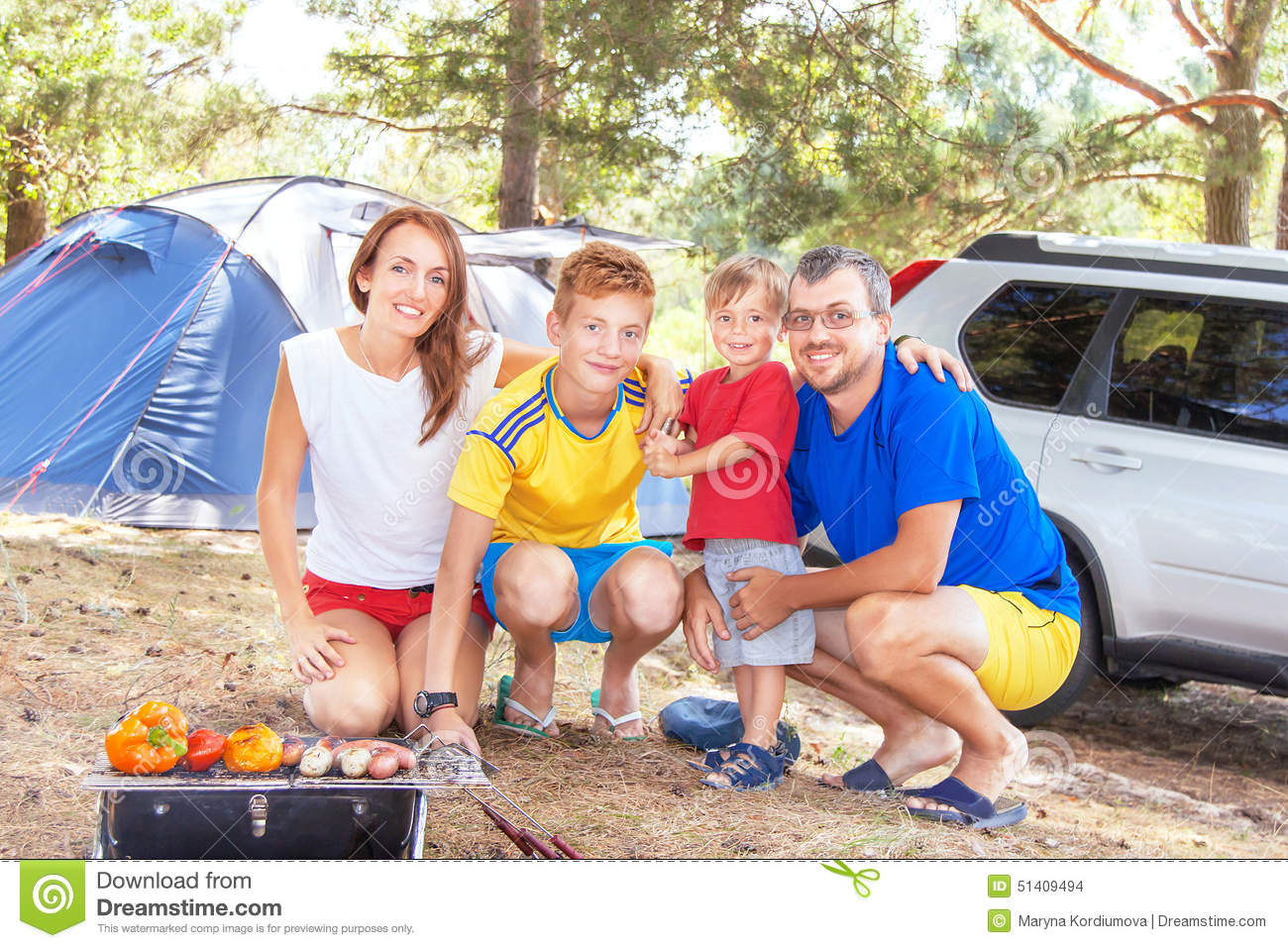 Family Outdoor Barbecue Stock Photos, Images, & Pictures - 1,888 ...