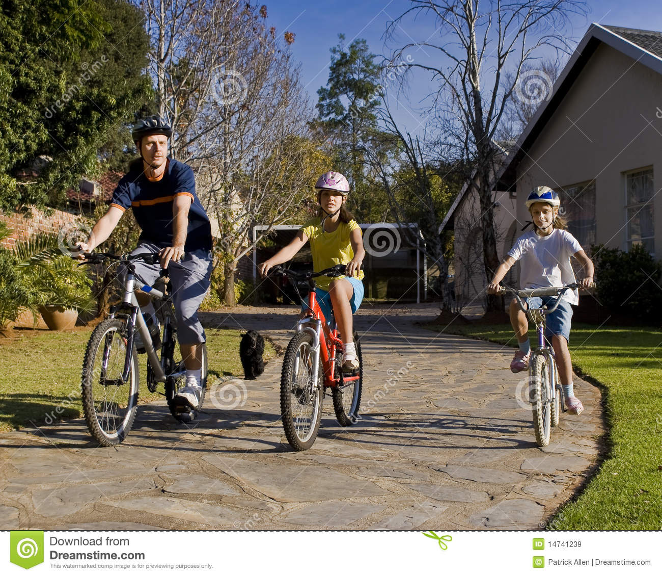 Family Bicycle Ride Stock Image Image Of Activity