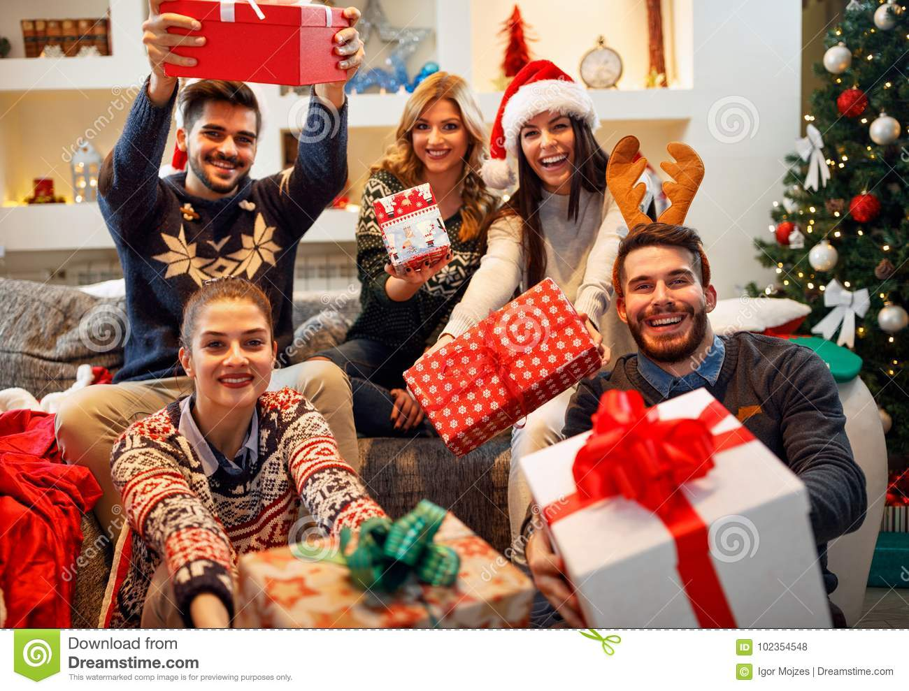 Family, Christmas, Holidays, Happiness And People Concept-friend ...
