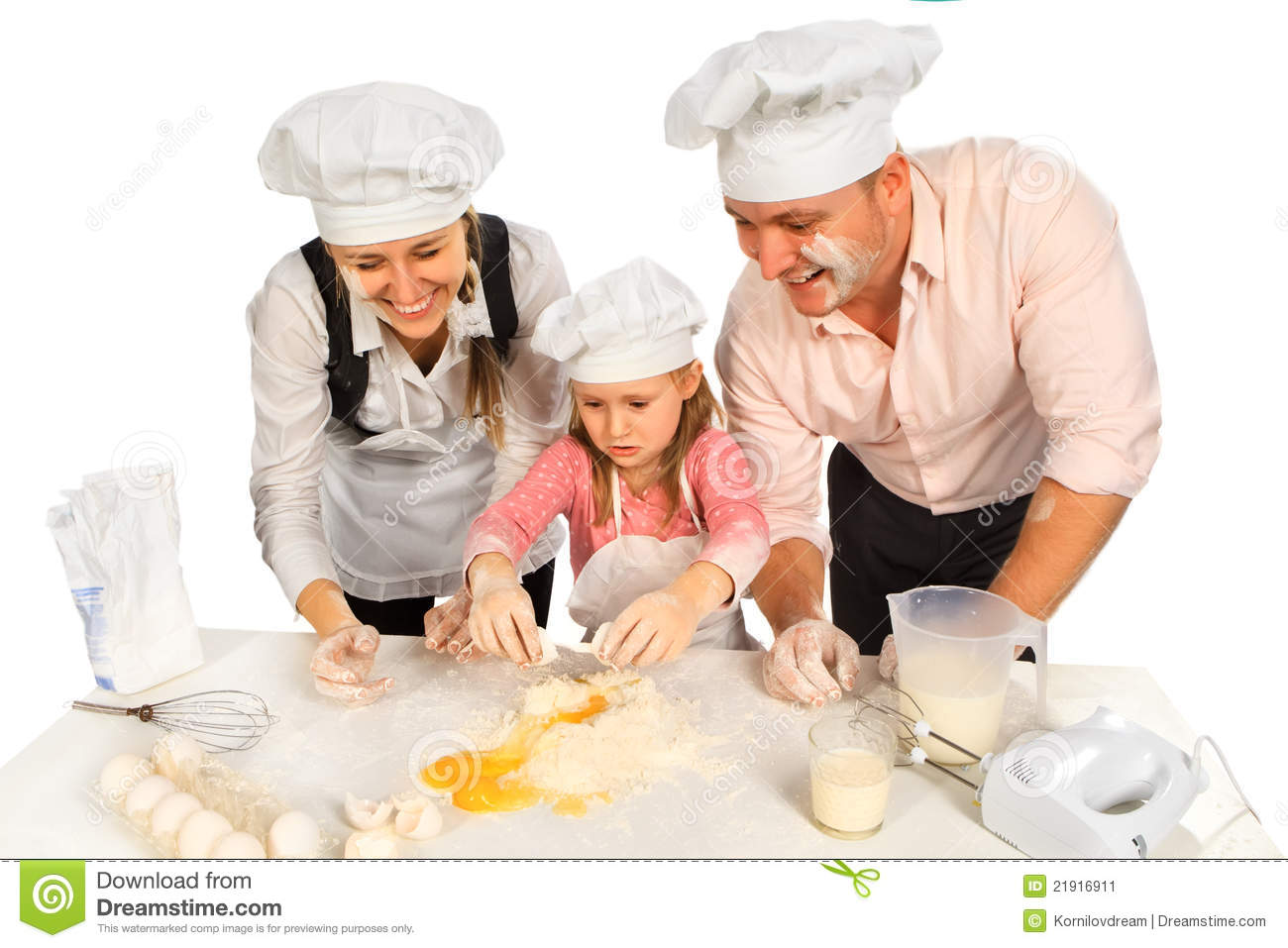 family-cooking-together-21916911.jpg