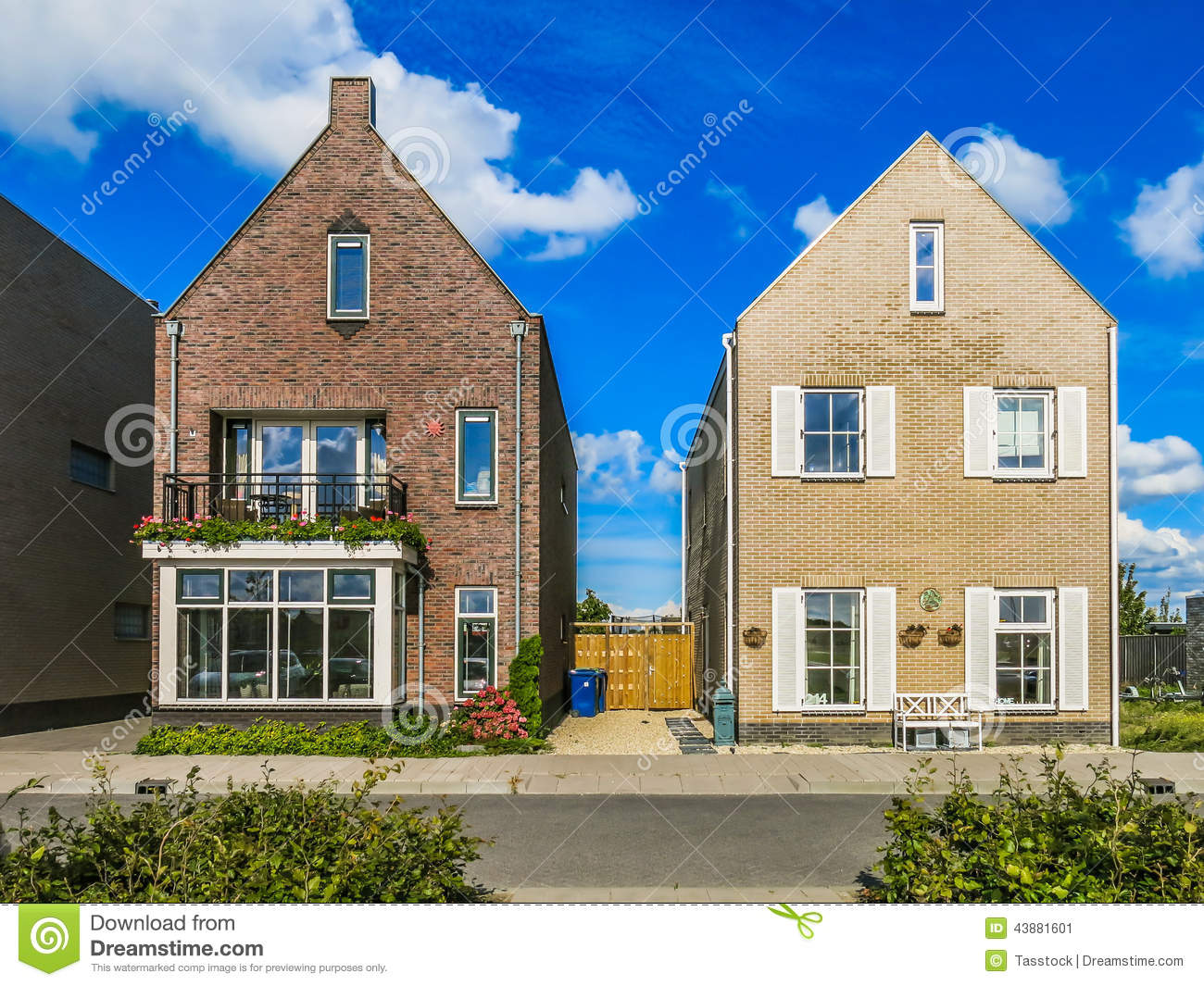 Two Family Houses In Suburban Neighbourhood Street In Almere In The  Province Of Flevoland Near Amsterdam, Netherlands