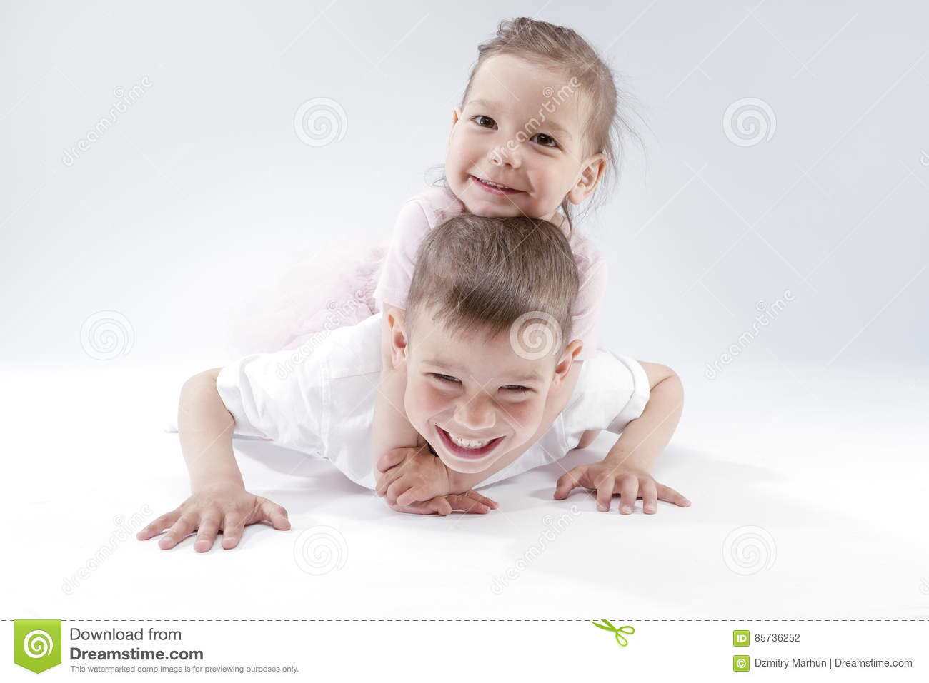 Family Ideas And Concepts Portrait Of Happy And Smiling Brother And
