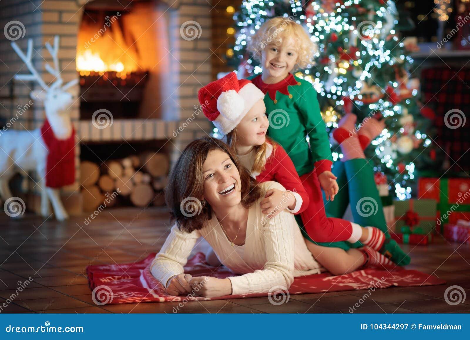 Mom christmas tree gifts