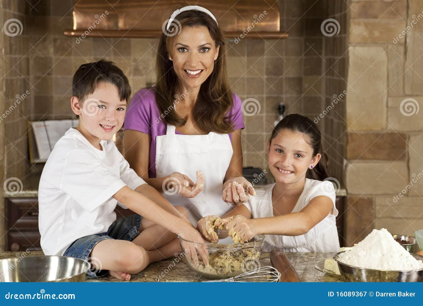 Сын дочь а мать 1 фотография