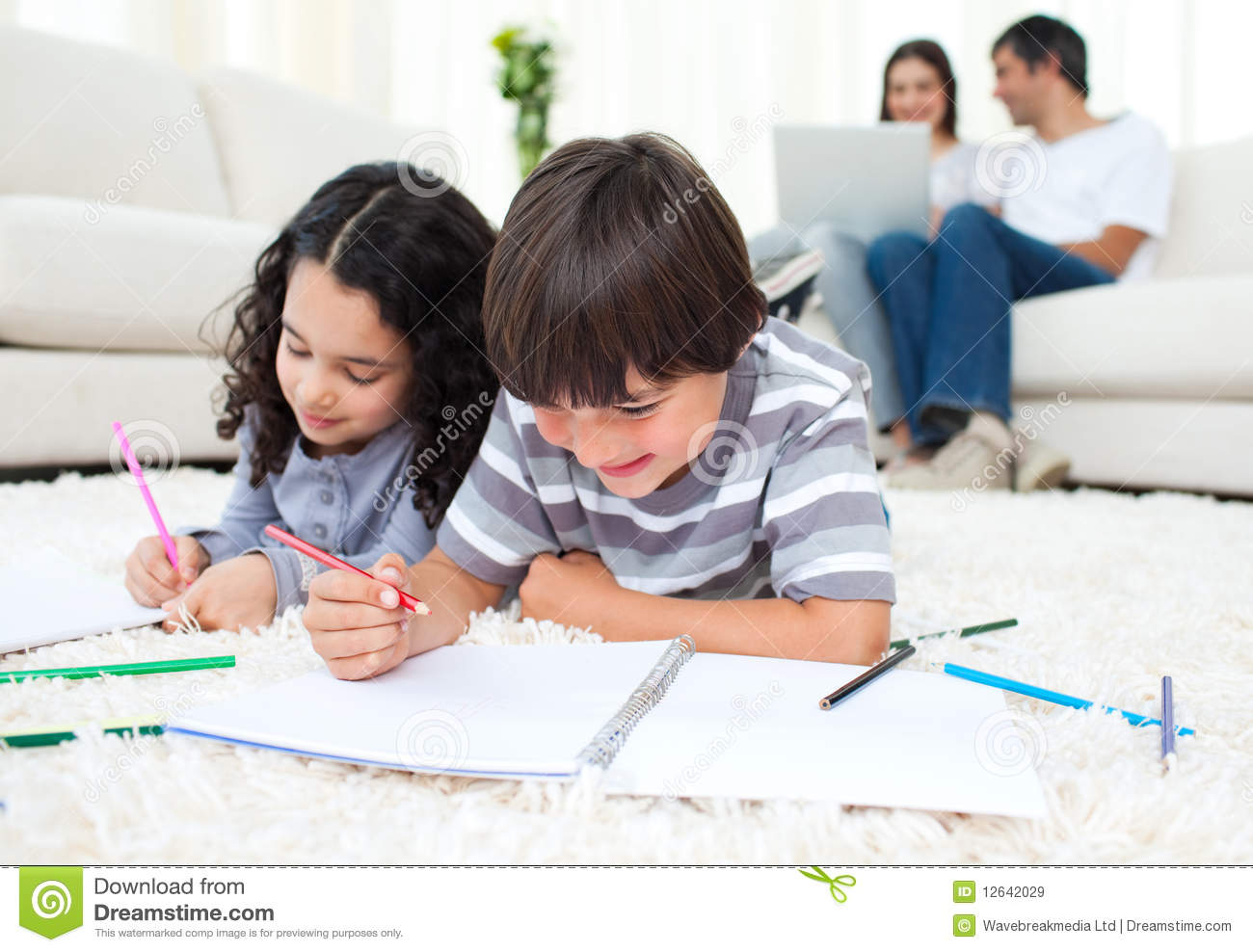 Family In The Living Room Royalty Free Stock Images - Image: 12642029